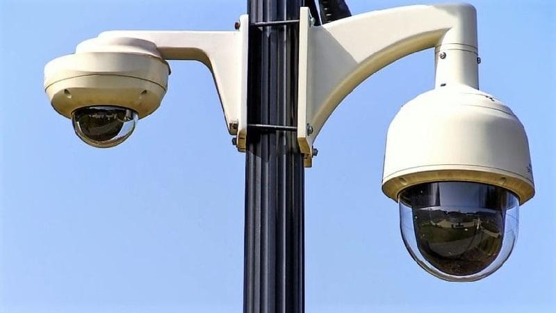 Поворотні відеокамери