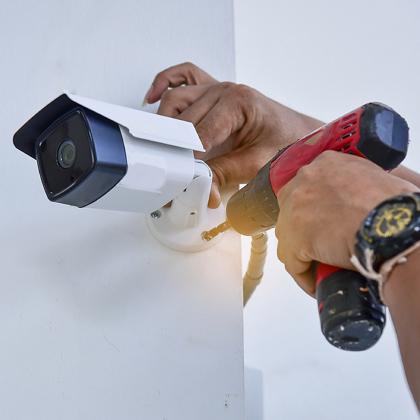 Процес установки системи відеоспостереження